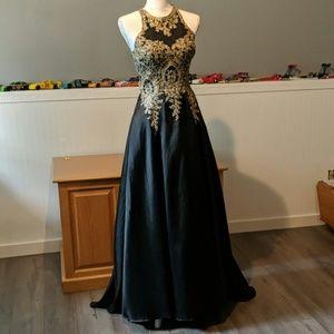 Beautiful prom/formal dress